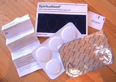 11_mejores_portadas_60_spiritualized_Spiritualized - Ladies And Gentlemen We Are Floating In Space (pack) (1)